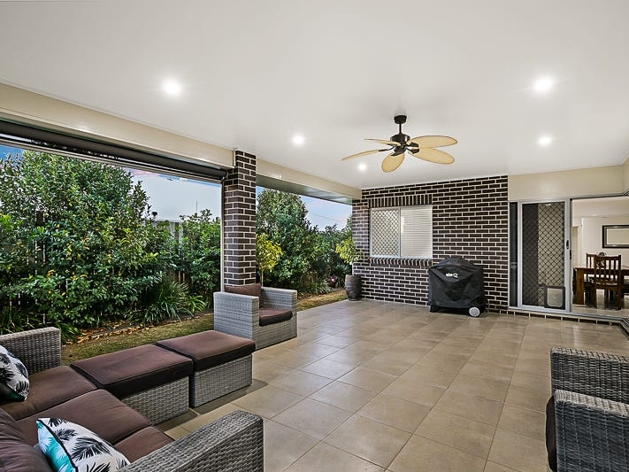 37 Pugh Street, Middle Ridge, Qld 4350