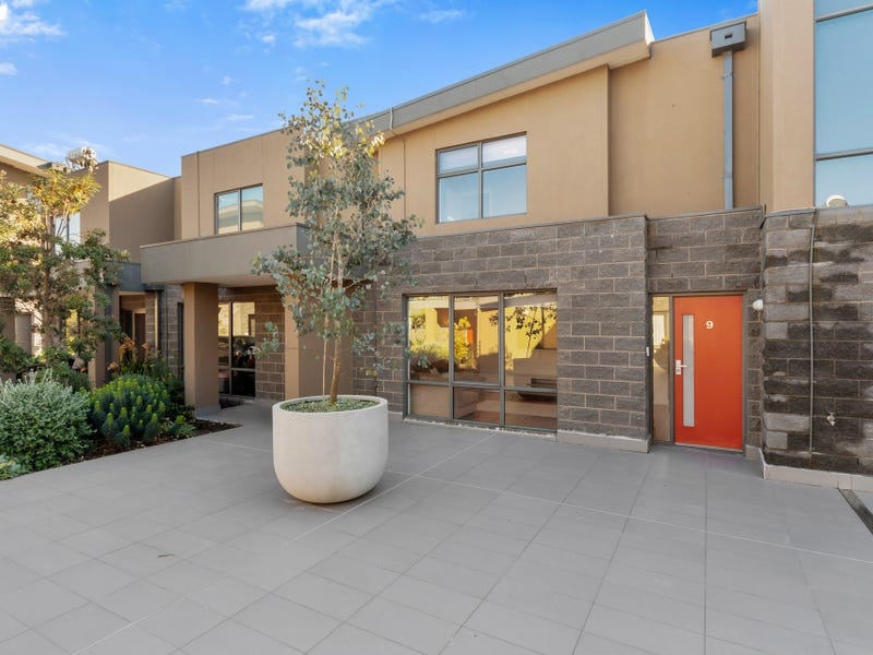 9/39-41 Nepean Highway, Seaford, Vic 3198