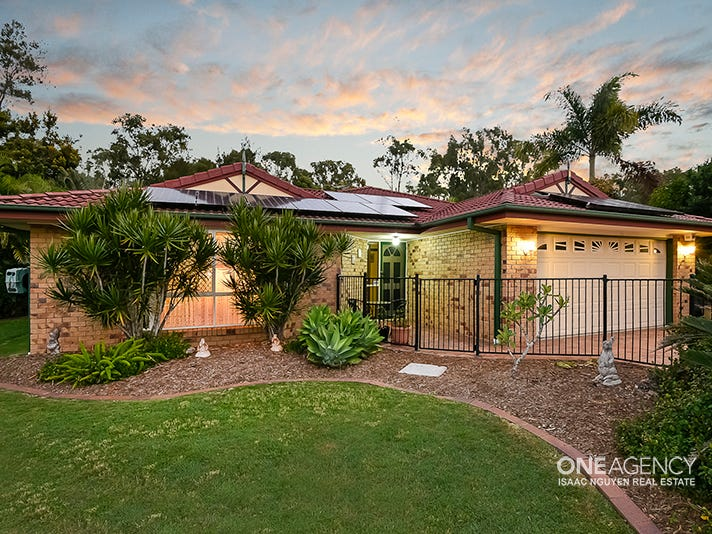 49 Macquarie Cct, Forest Lake, Qld 4078