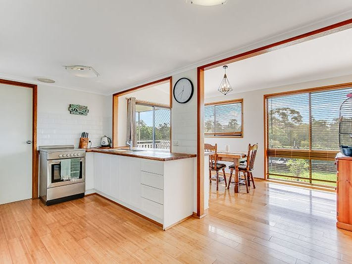 1030 Paynesville Road, Eagle Point, Vic 3878