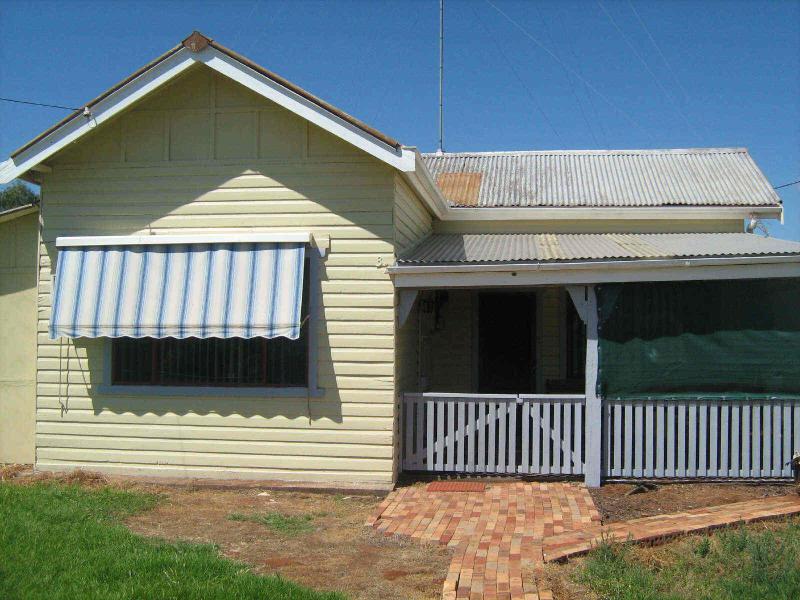 32 Ethel St, Ungarie, NSW 2669