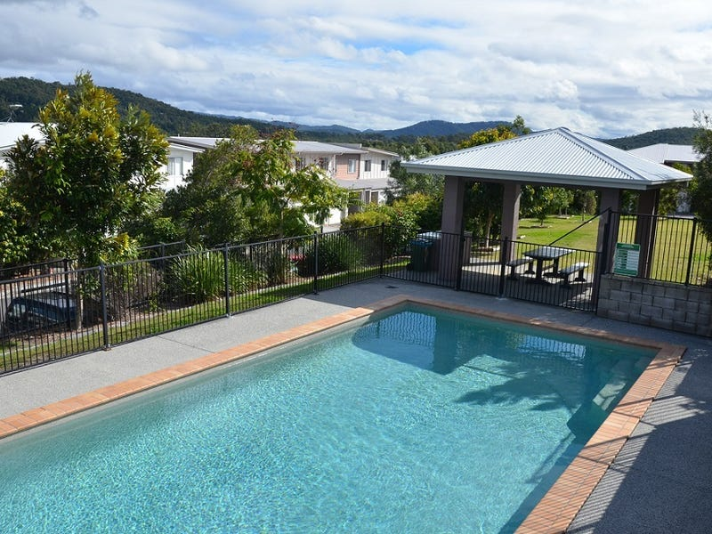 AT/2 Toohey St, Pacific Pines, Qld 4211