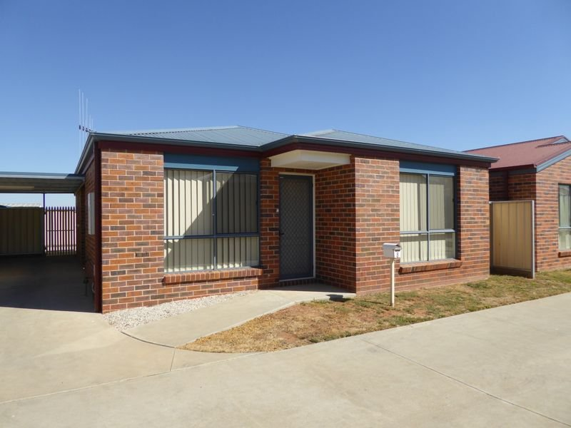 Unit 8/68 Coronation Avenue, Swan Hill, Vic 3585