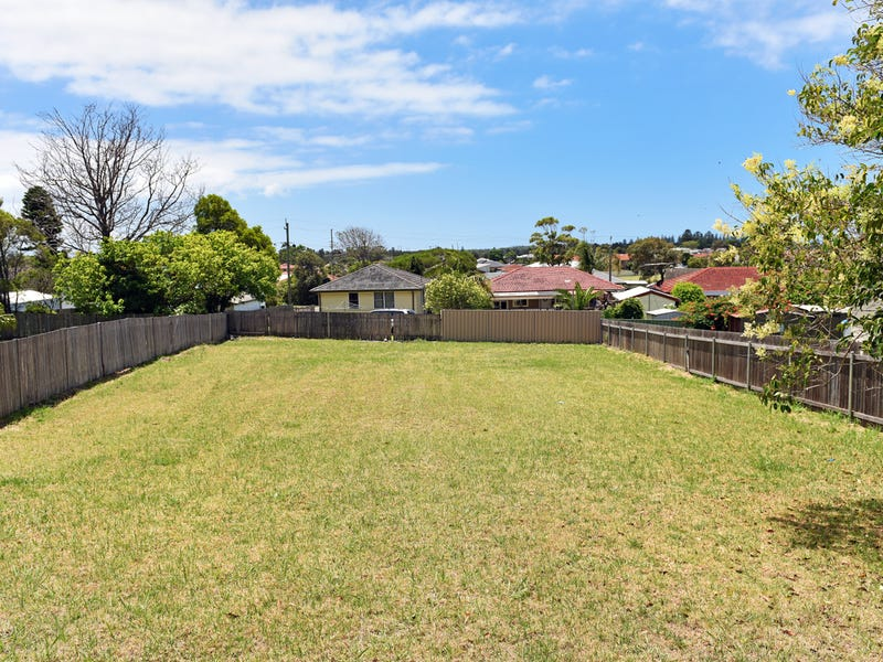 29 Beaton Street, Lake Illawarra, NSW 2528