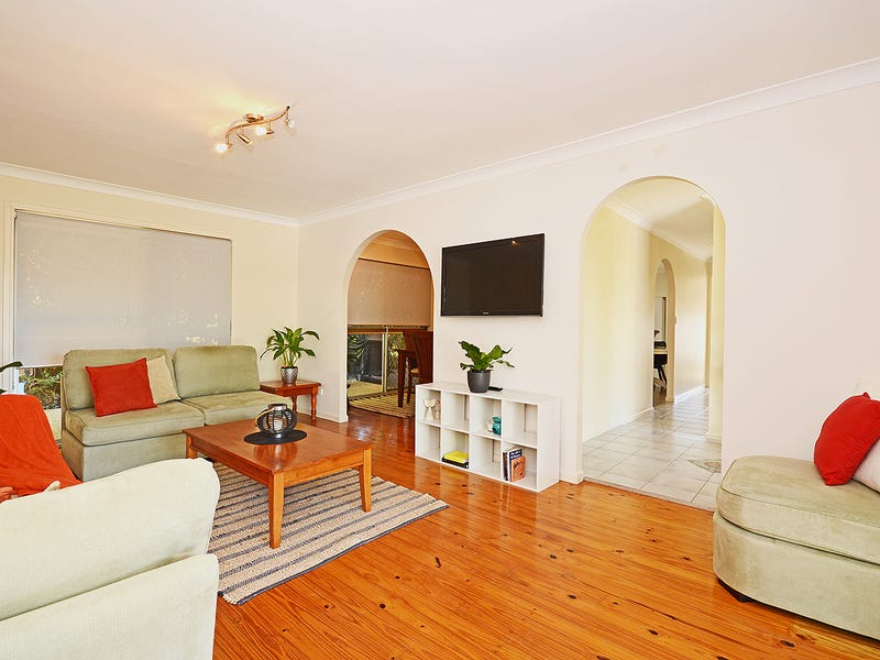 13 Uniacke Drive, Banora Point, NSW 2486