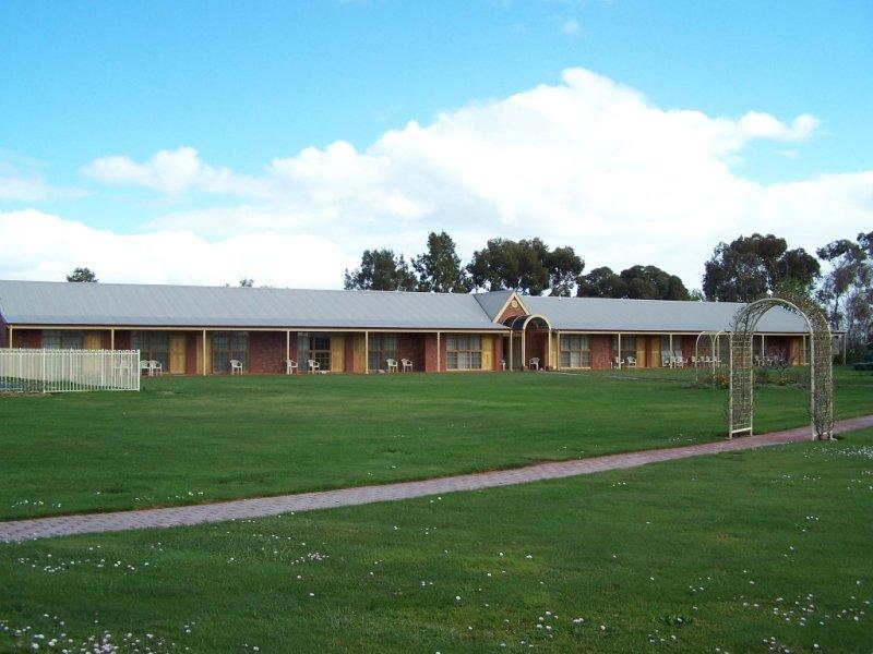 35/x Chardonnay Lodge, Coonawarra, SA 5271