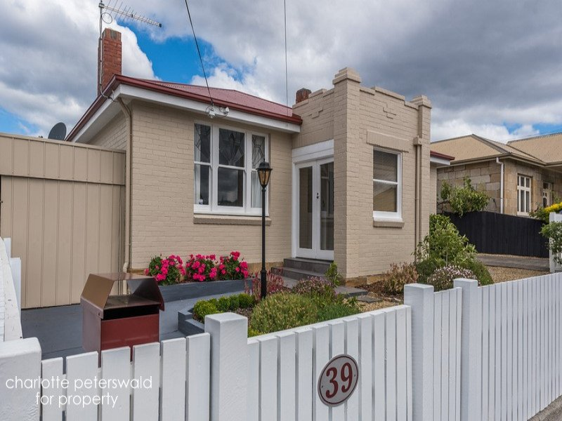 39 Cross Street, New Town, Tas 7008