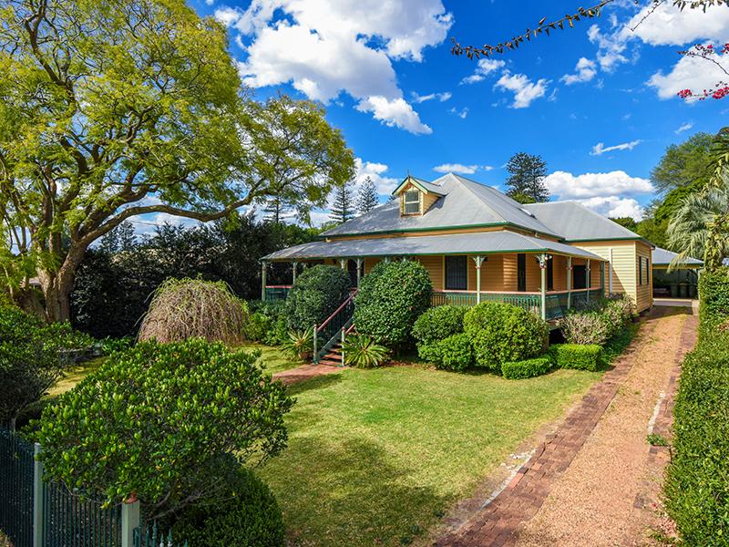 60 Curzon Street, East Toowoomba