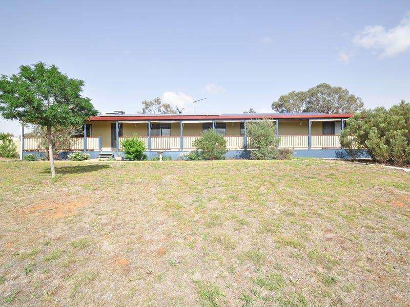 30 Tathra Drive, Junee, NSW 2663