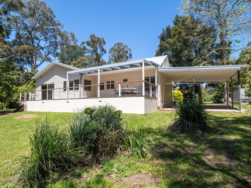 23 Menzies Road, Menzies Creek, Vic 3159