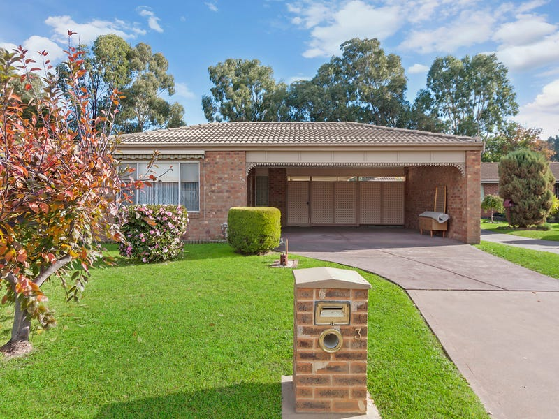 3 Crystal Close, Whittlesea, Vic 3757