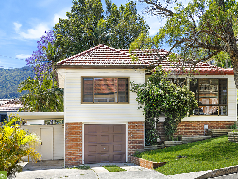 18 Bimbadeen Avenue, West Wollongong, NSW 2500