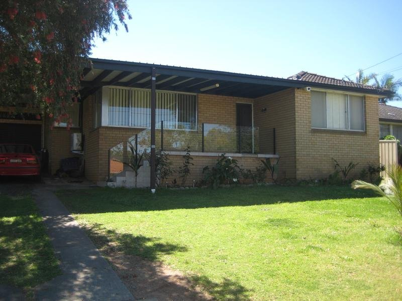 9 Marden St, Georges Hall, NSW 2198