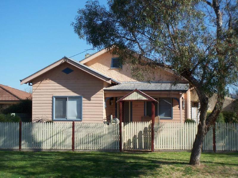 117 Thompson Street, Cootamundra, NSW 2590