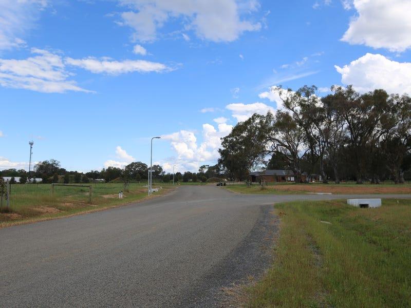 - Green Acres - via Racecourse Road, Benalla