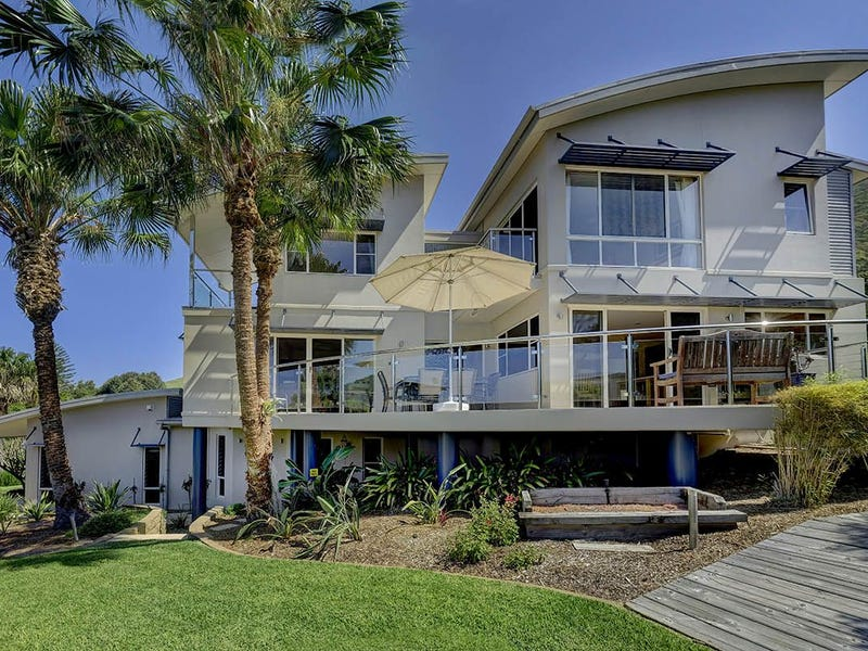 103 Newman Avenue, Blueys Beach, NSW 2428