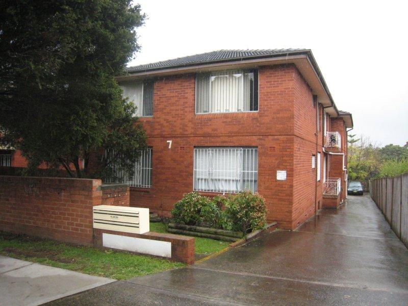 2/7 Fletcher Street, Campsie, NSW 2194