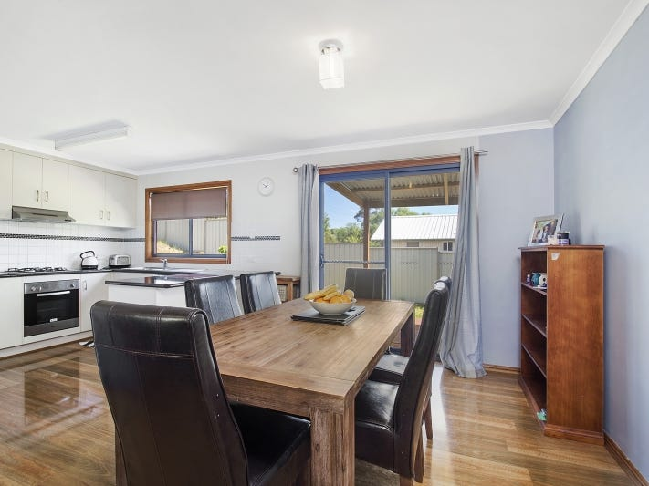 2 Corcoran Place, Crookwell