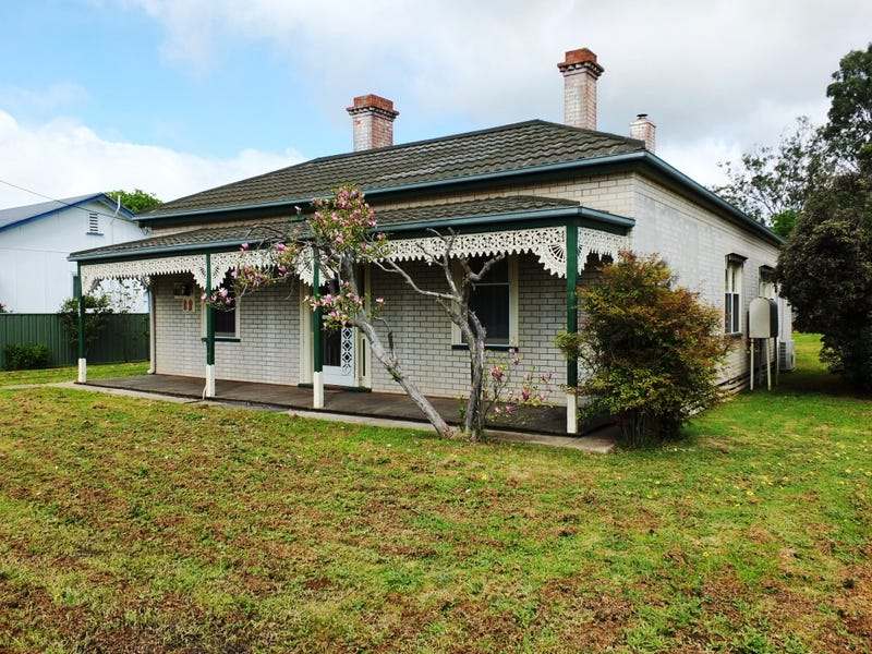 165 High Street, Avoca, Vic 3467
