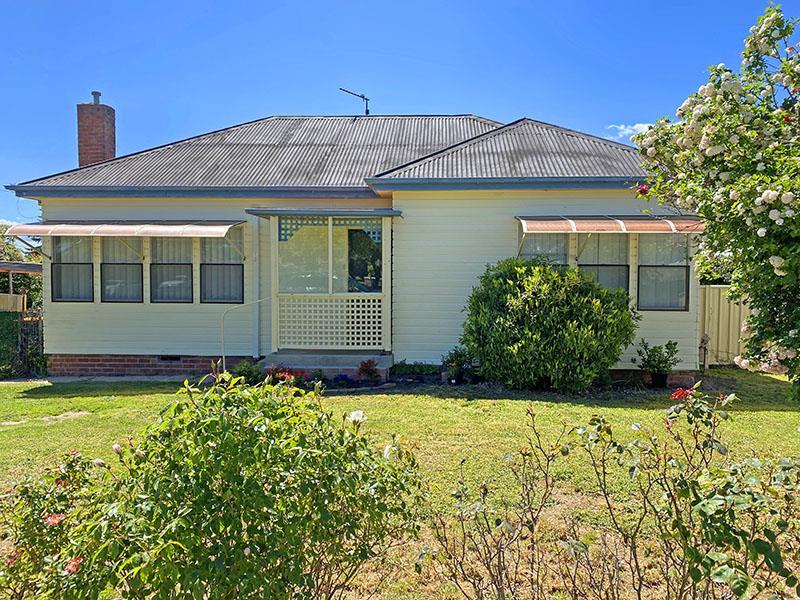 18 Gilchrist Street, Blayney, NSW 2799