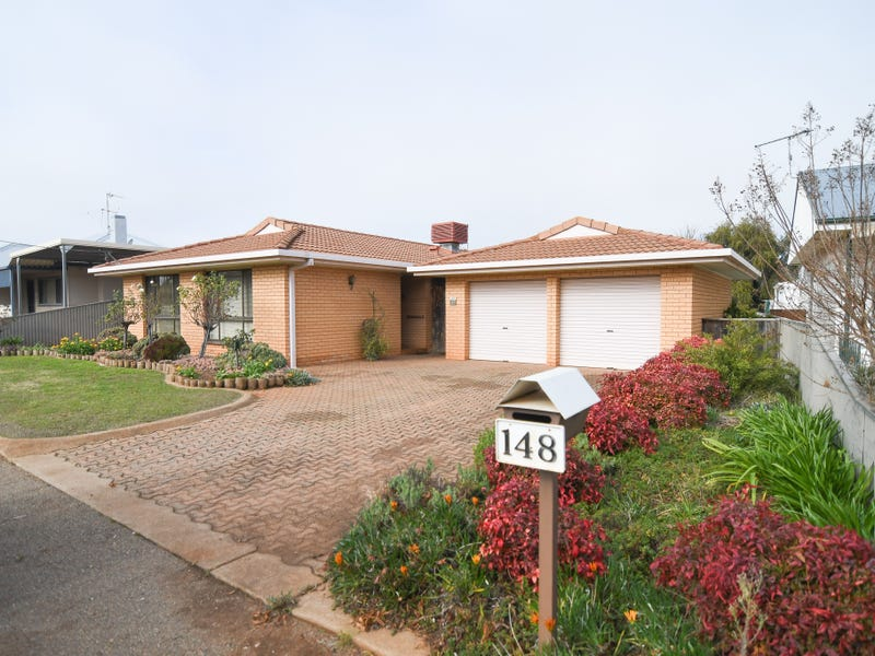 148 BRITANNIA STREET, Temora, NSW 2666