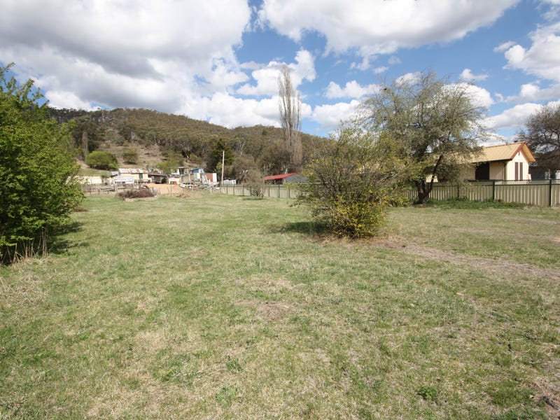 220 Foxlow Street, Captains Flat, NSW 2623