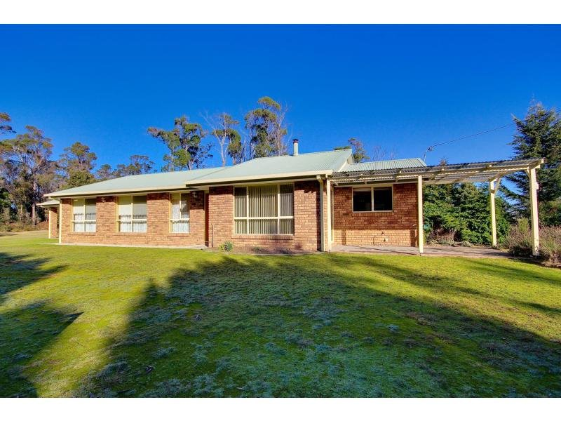 18 Jefkins Drive, Squeaking Point, Tas 7307