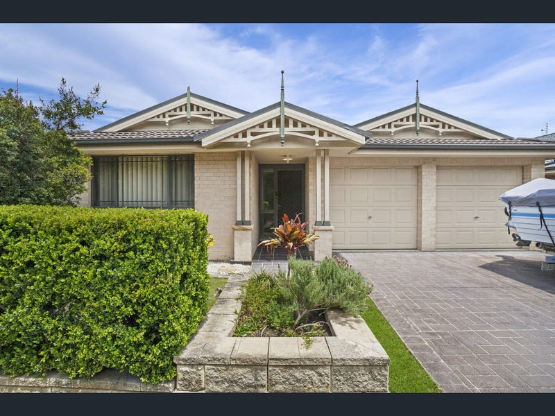 44 Barrington Drive, Woongarrah, NSW 2259