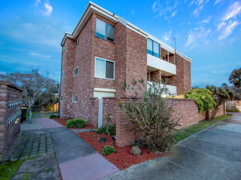 2/59-60 Nepean Highway, Seaford, Vic 3198
