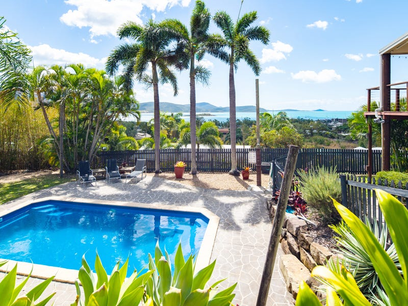 61 Eshelby Drive, Cannonvale, Qld 4802