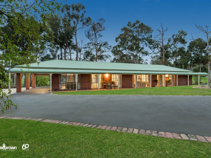16 Rodger Road, Wandin North, Vic 3139