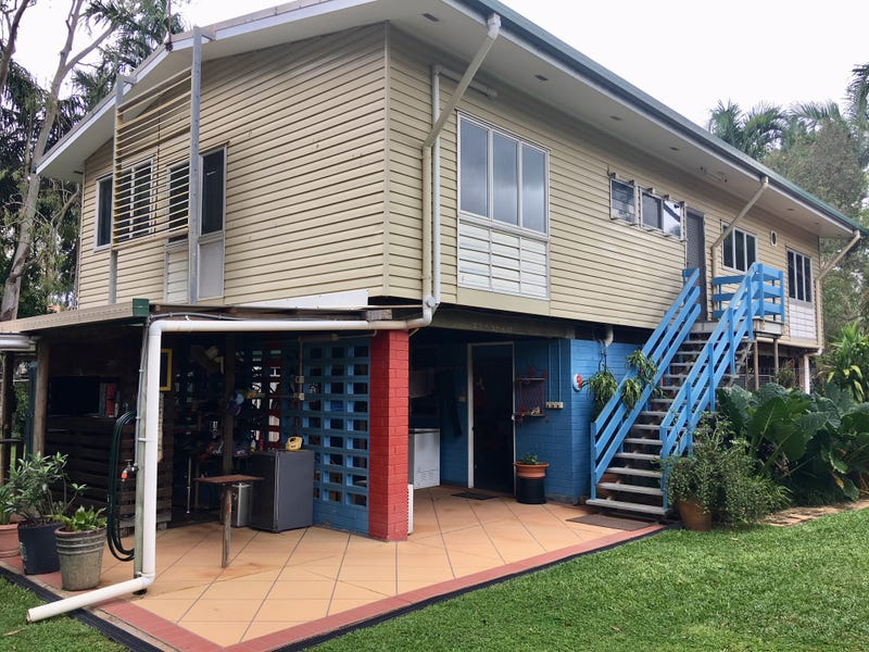 11  Hibiscus Ave, Weipa, Qld 4874