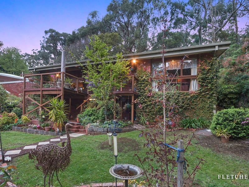 19 Childs Road, Kalorama, Vic 3766
