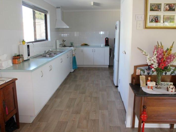 14 Sunderland Drive, Banksia Beach, Qld 4507