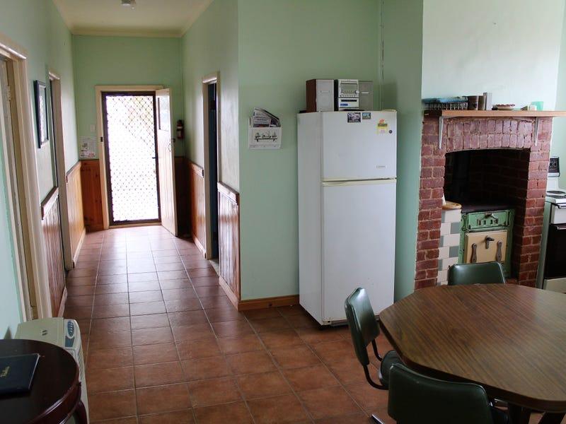 10 BICE STREET, Port Neill, SA 5604