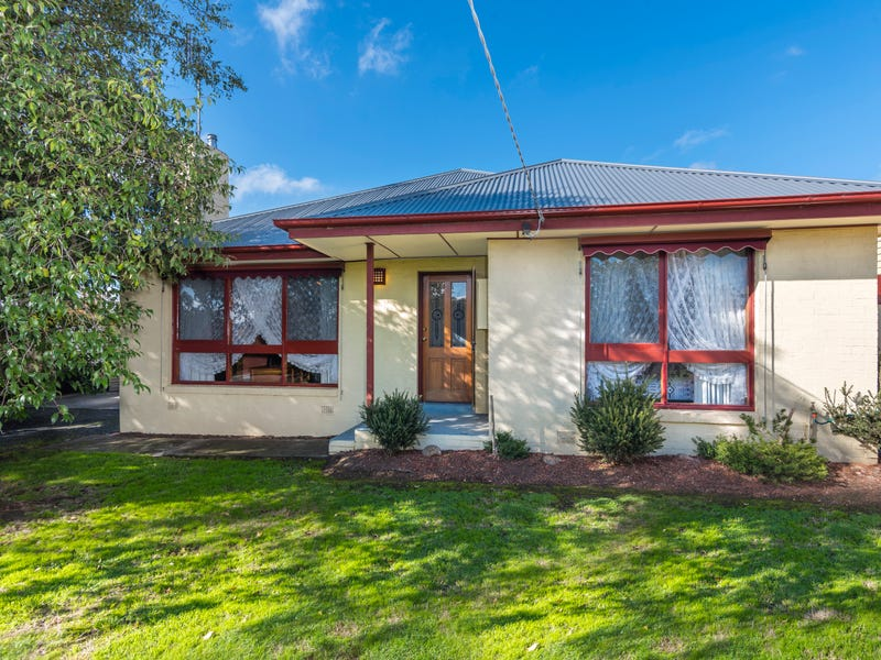 8 Tower Street, Kyneton, Vic 3444