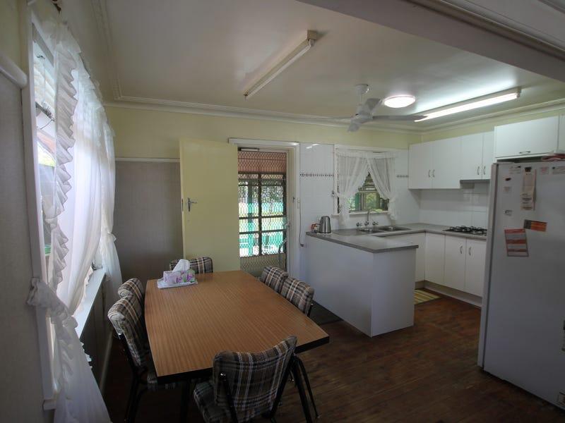 170 Hawker Street, Quirindi, NSW 2343
