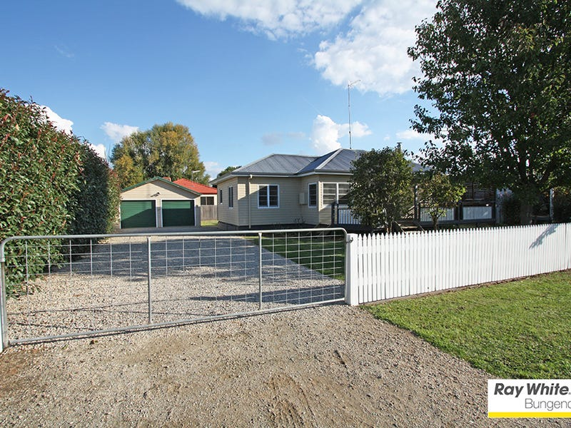 7 Forster St, Bungendore, NSW 2621