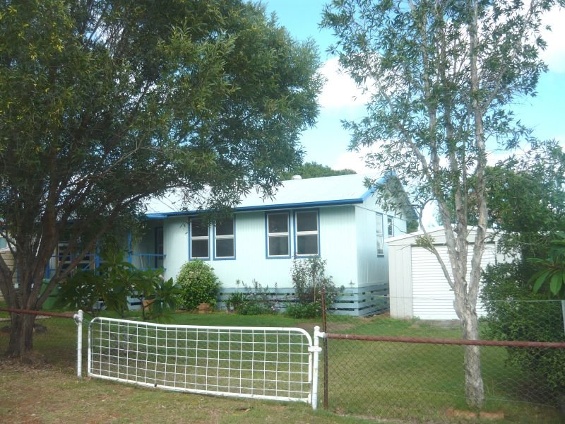 Address available on request, College View, Qld 4343
