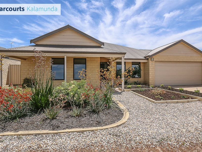 4 Sessilis Crescent, Wattle Grove, WA 6107
