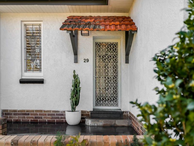 29 Gentle Street, North Toowoomba, Qld 4350