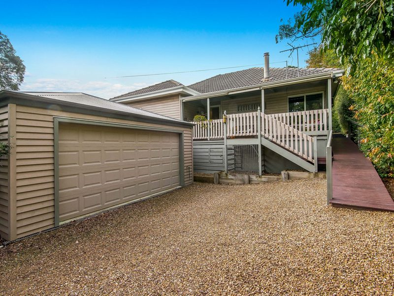 121 Shoreham Road, Red Hill, Vic 3937