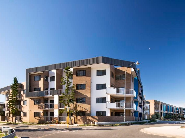 64 /59 Breaksea Drive, North Coogee