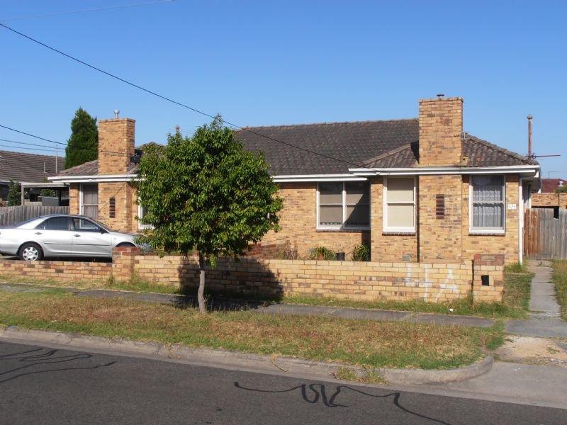 1 & 2/4 Vizard Street, Dandenong, Vic 3175