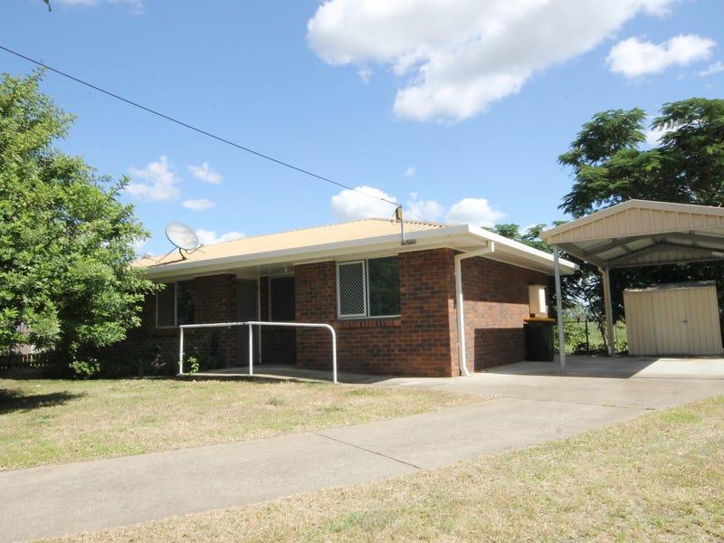 40 HUNTINGTON STREET, West Rockhampton, Qld 4700