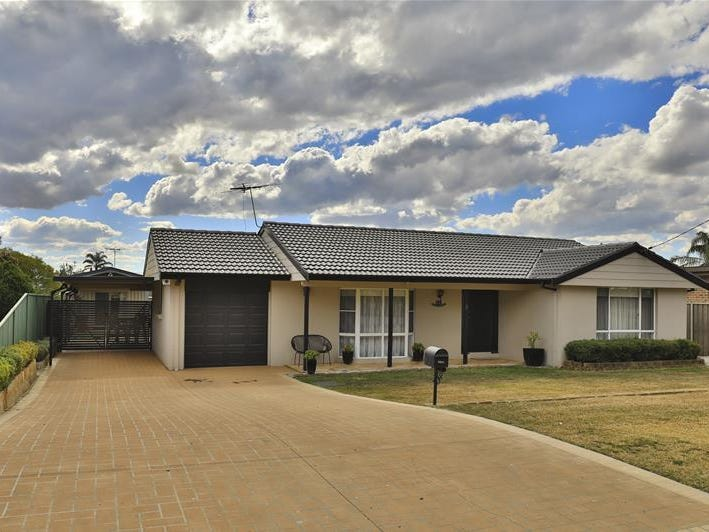 11 Clift Street, Heddon Greta, NSW 2321