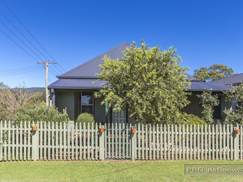 3 Mary Street, Holmesville, NSW 2286