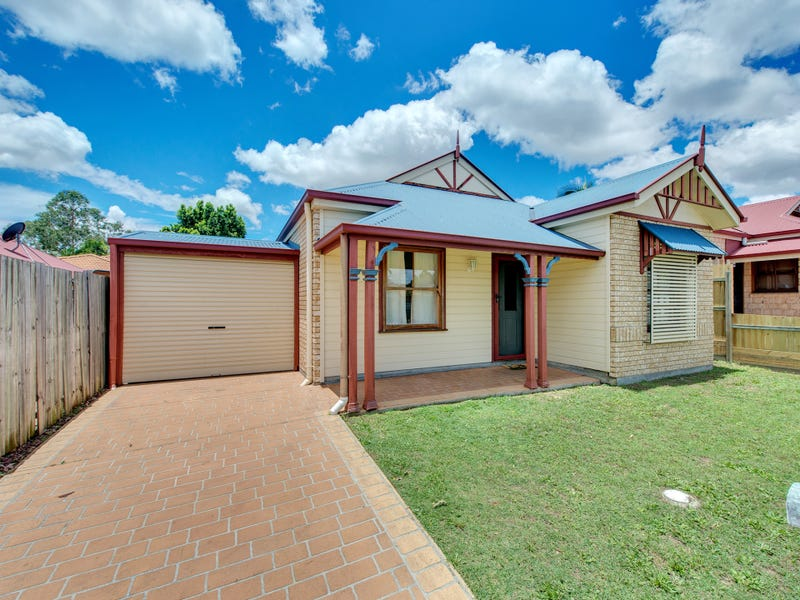 4 Moran Cr, Forest Lake, Qld 4078