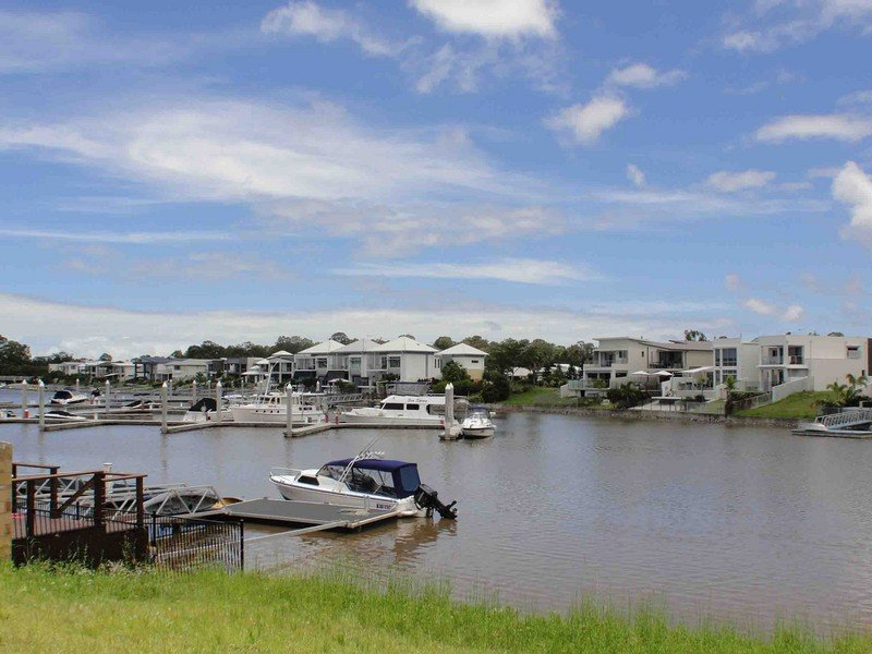 13 Coomera Court, Helensvale, Qld 4212
