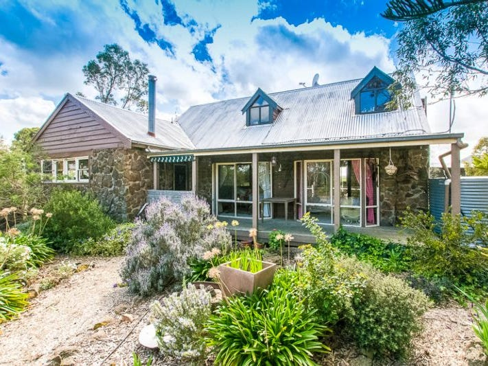 154 Rokewood-Shelford Road, Shelford, Vic 3329
